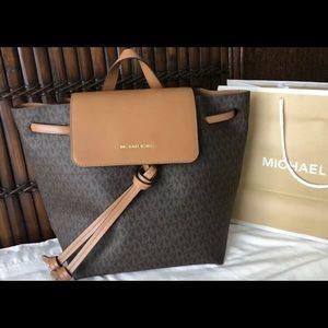 $268 Michael Kors JUNIE Backpack Handbag MK Bag
